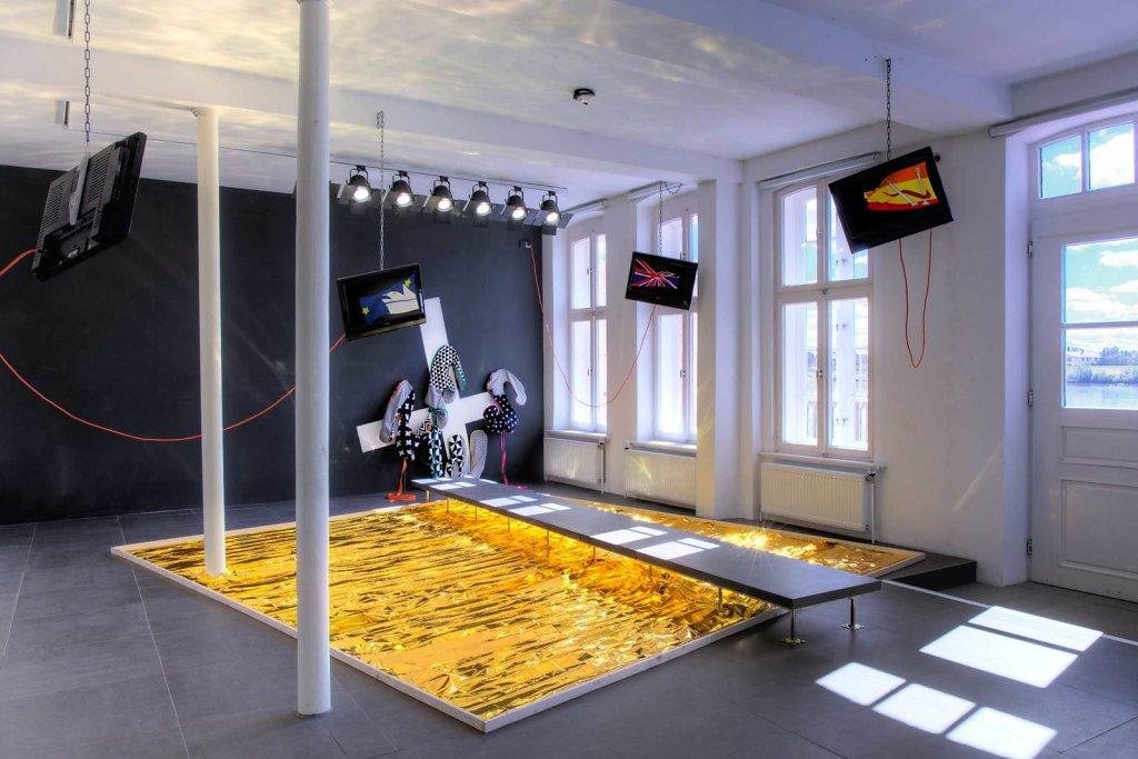 hit the ground running — installation view